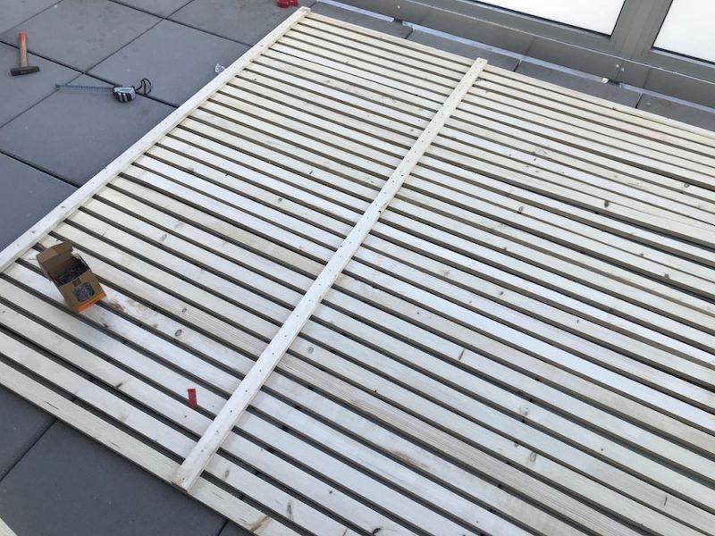 DIY Sichtschutz aus einzelnen Brettern