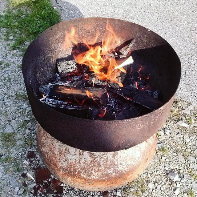 Feuerstelle aus Mischmaschine