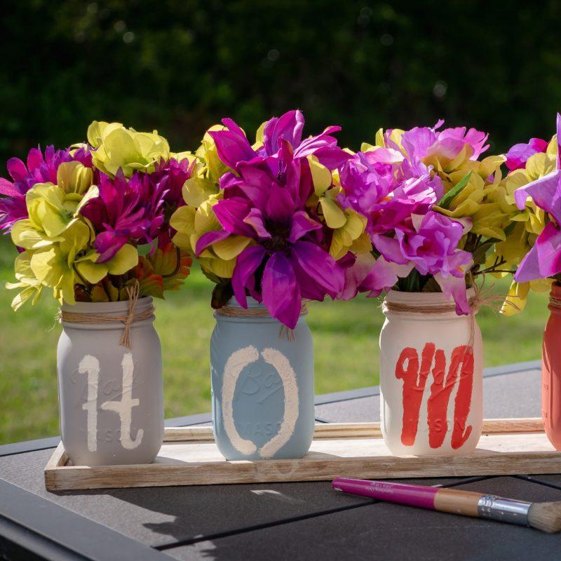 Einmachgläser als Blumenvase