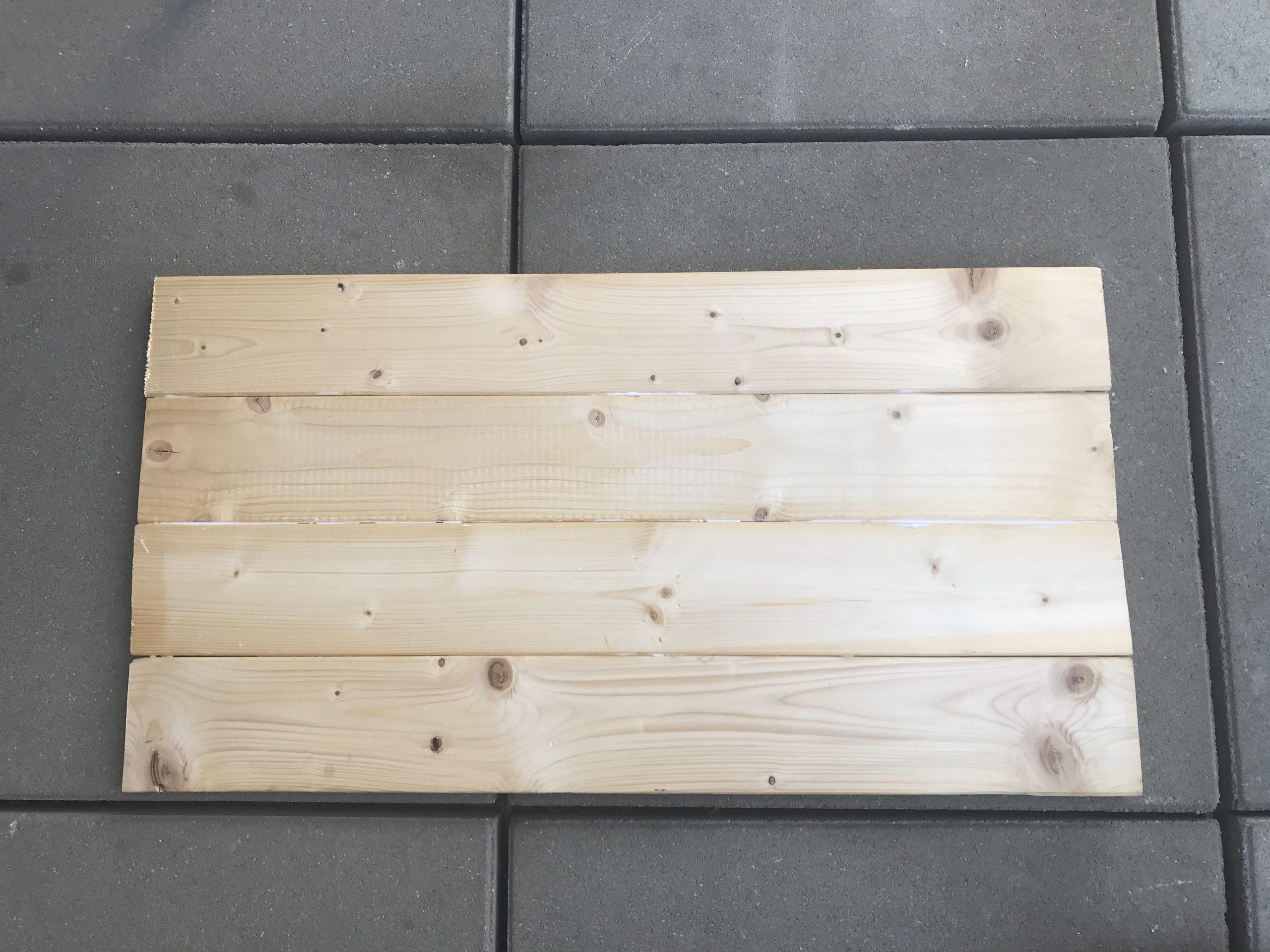 Tischplatte für Bierkiste